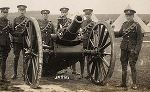 BL 5-inch howitzer - Territorial Force gunners with howitzer in camp pre-WWI