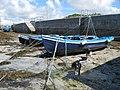 Bad iomartha in dried harbour.jpg