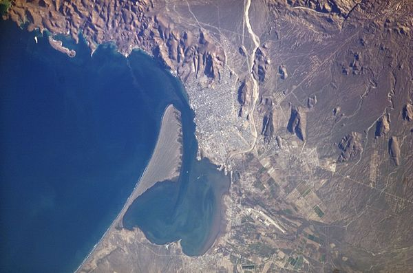 The Bay of La Paz, as seen from the International Space Station. El Mogote peninsula is visible to the center left. Baiadelapaz.jpg