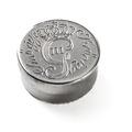 Balsamdosa i silver från Gustav IIIs kröning, 1772 - Livrustkammaren - 102554.tif