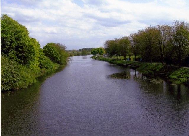Bann River at Portadown - geograph.org.uk - 496206