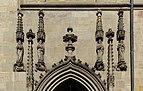 Bayreuth Stadtkirche Portalfiguren West.jpg