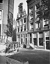foto van Hoekhuis op de oude rooilijn van de herengracht