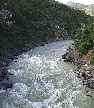 Bhagirathi River - Image: Bhagirathi flowing into devprayag