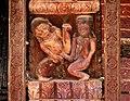Bhaktapur-Yaksheshvara-112-erotische Schnitzerei-gje.jpg