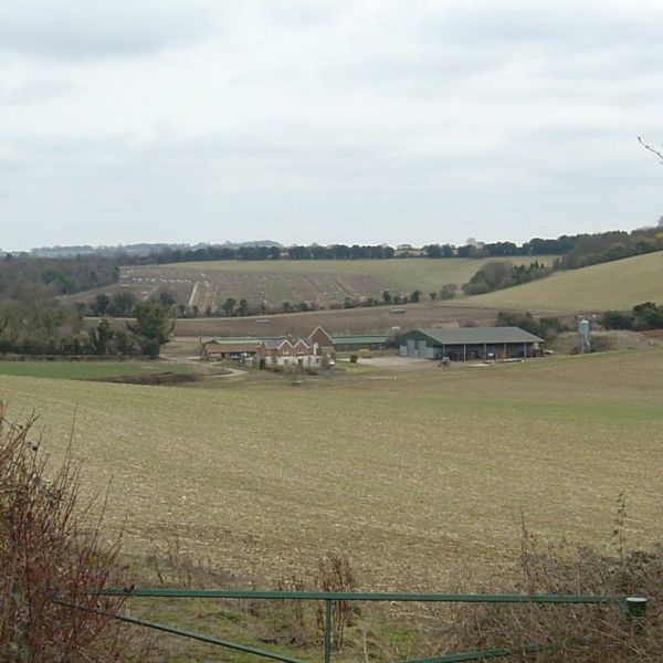 File:Bigpath Farm - geograph.org.uk - 136007.jpg