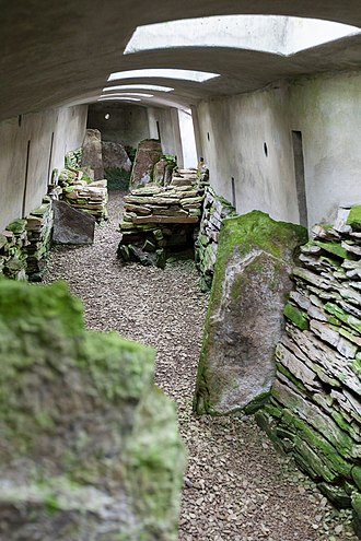 Blackhammer Chambered Cairn - Interior