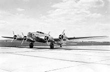 Boeing XB-17 (Model 299).jpg