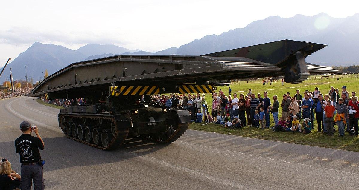 Px Br C Bc Pz Schweizer Armee Steel Parade on Four Cylinder Engine