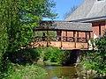 Brücke zum Studentenwohnheim.jpg