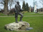 File:Brenchley Gardens 36th Engineer Statue 0121.JPG