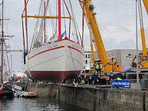 Brest2012 Fée de l'Aulne-mise à l'eau (5).JPG