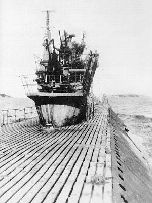 伊351の艦橋部 伊号第三百五十一潜水艦 - Wikipedia 伊号第三百五十一潜水艦 出典:
