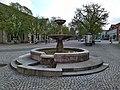 Brunnen auf dem Marktplatz in Bad Gandersheim.jpg