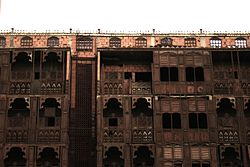 File photo of a building in Old Jeddah.  Image: Nouf Kinani.