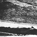 Bundesarchiv Bild 195-2285, Rheinbefliegung, Istein.jpg