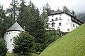 Burg Arnholz in Pfons.JPG