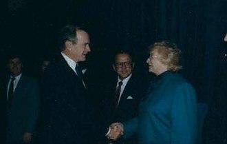 Arliss Sturgulewski - Sturgulewski greeting President George H. W. Bush in 1990
