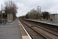 Bynea railway station in 2009.jpg