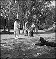 CH-NB - Finnland, Hamäänlinna (Hämeenlinna)- Menschen - Annemarie Schwarzenbach - SLA-Schwarzenbach-A-5-17-075.jpg