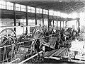 COLLECTIE TROPENMUSEUM Het inwendige van Suikerfabriek 'Nieuw Tersana' TMnr 10011798.jpg