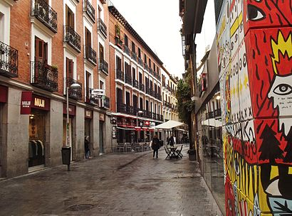 How to get to Calle De Pérez Galdós with public transit - About the place