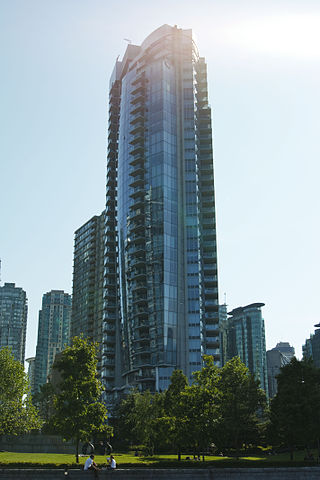 Callisto, Vancouver By Matt Swern (Tower in the Sun  Uploaded by xnatedawgx) [CC BY 2.0 (https://creativecommons.org/licenses/by/2.0)], via Wikimedia Commons