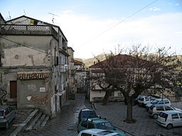 Canolo - Piazza Umberto.jpg