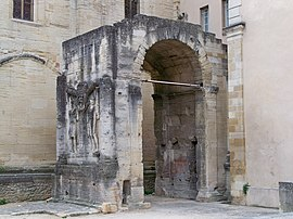 L'arc antique de Carpentras - Carpentras - достопримечательности Прованса, вокруг Русильона