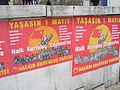 Carteles de cara al 1 de mayo en Estambul, Turquía, abril de 2011.JPG