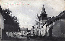 Vue de l'église de Croissy-sur-Celle et de l'ancienne abbaye (La Maison du Chapitre)