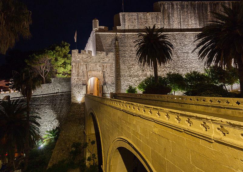 File:Casco viejo de Dubrovnik, Croacia, 2014-04-13, DD 01.JPG