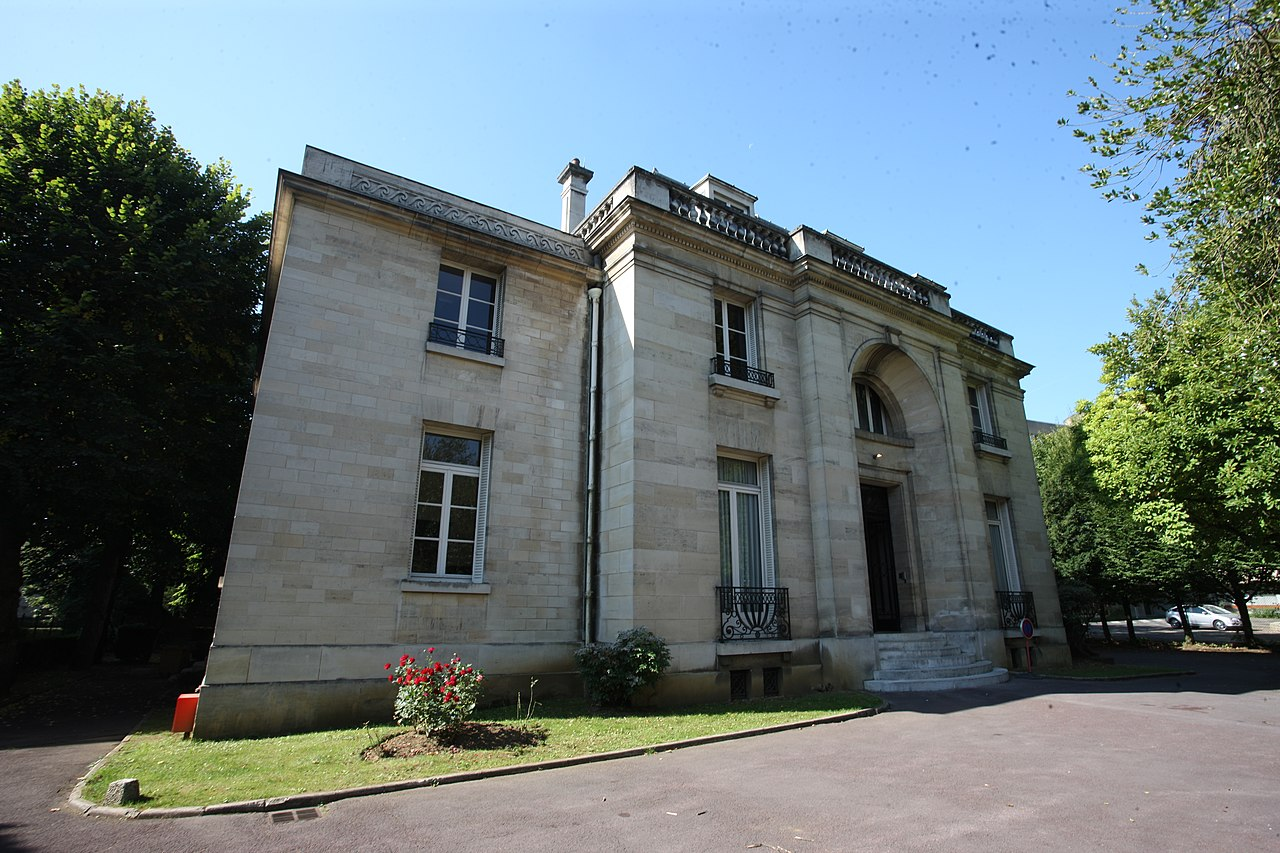 Charleville-Mézières - Maison de l'Ardenne - Photo Francis Neuvens lesardennesvuesdusol.fotoloft.JPG