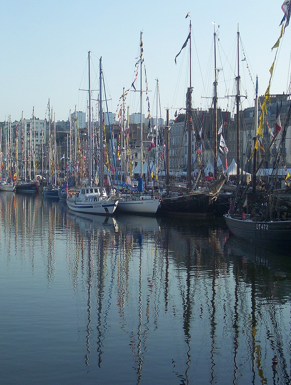 Cherbourg Bassin du Commerce