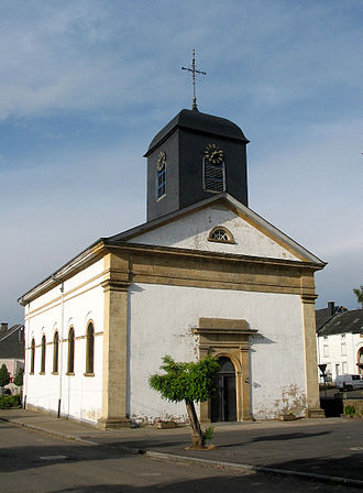 Chiny - Saint Walpurga's church