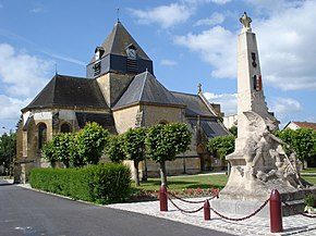 Church and war memorial at Juniville (Ardennes, Fr).JPG