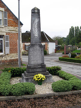 Cilly monument-aux-morts 1.jpg