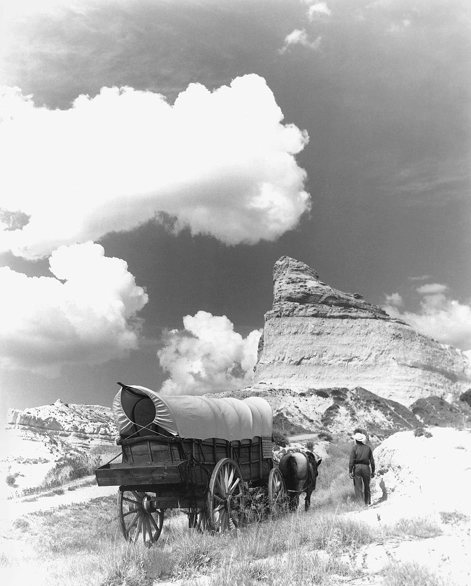 Conestoga wagon on Oregon Trail - NARA - 286056 - Restoration