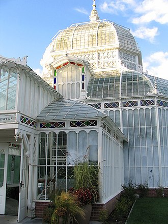 Conservatory of Flowers - Front entrance of the conservatory in 2006