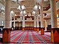 Courcouronnes Grand Mosquée Innen Gebetsraum 2.jpg