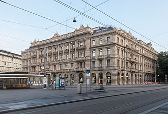 Credit Suisse - Credit Suisse headquarters at Paradeplatz in Zürich