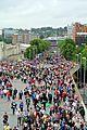 Crowds arriving (7826901114).jpg
