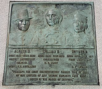 Howard B. Cushing - Image: Cushing Memorial Park Monument