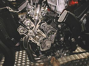 """Cutaway of Yamaha Genesis inline-four 20-valve engine"""