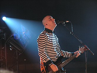 Dan Andriano - Andriano performing with Alkaline Trio in 2006