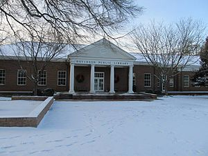 Davidson, North Carolina - Davidson Public Library in Davidson, NC