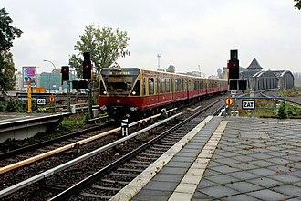 S8 (Berlin) - Image: Db s bahn berlin s 8 br 823635