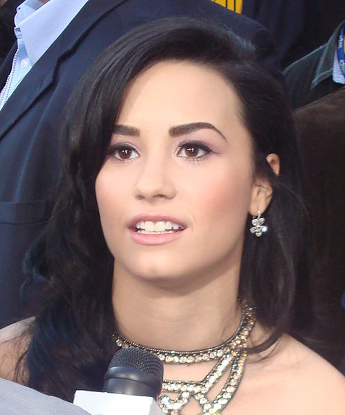 File:Demi Lovato cropped 3.jpg