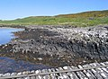Derelict jetty and rocks at Keills - geograph.org.uk - 828627.jpg