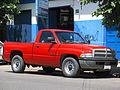 Dodge Ram 1500 V6 2000 (15619845382).jpg